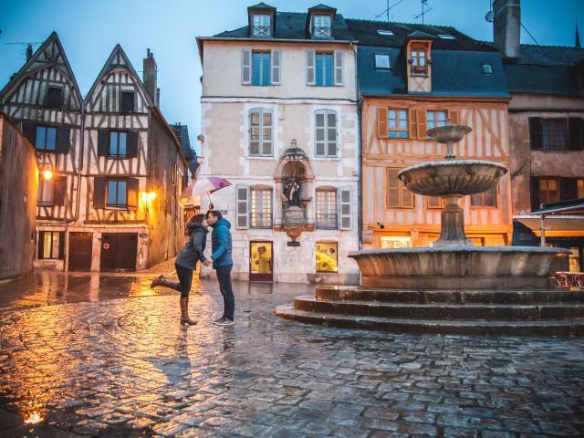 Amoureux Place Saint-Nicolas