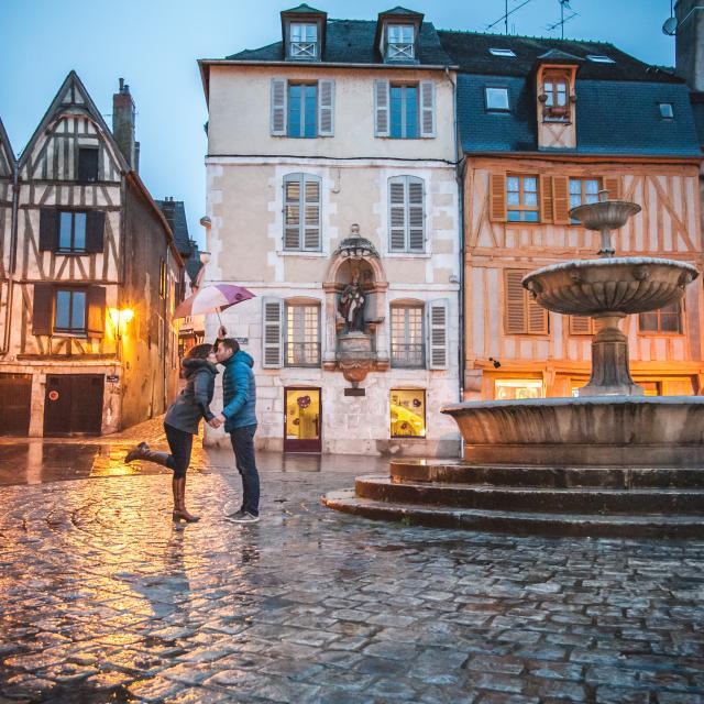 Les amoureux de la Place Saint-Nicolas