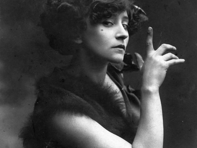 Colette-écrivain-icaunaise-puisaye-Saint-Sauveur-personnage célèbre